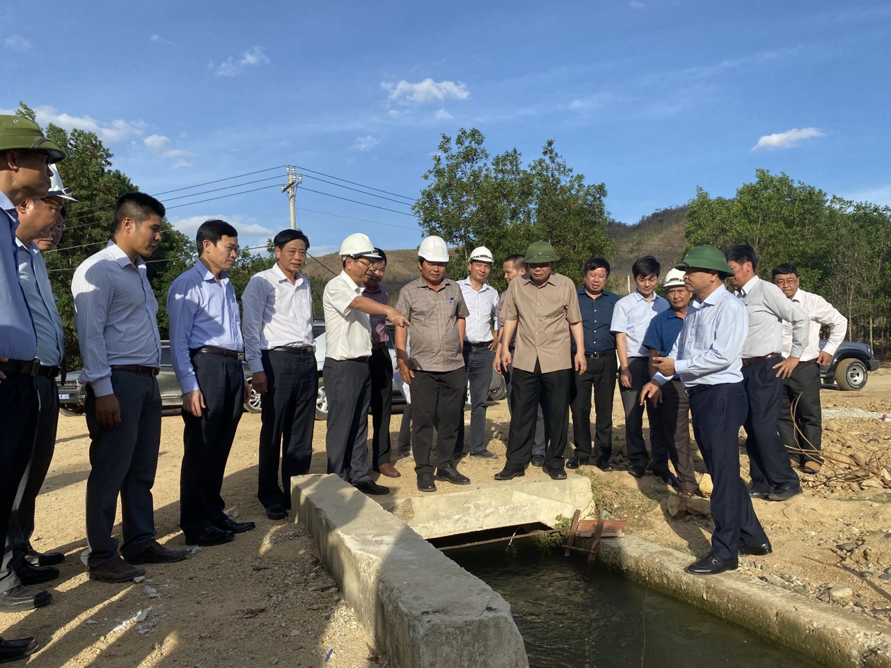 IWRP's leaders take part in a mission led by the Minister and Vice Minister of Agriculture and Rural Development to Ninh Thuan and Binh Thuan Provinces (May 23-25, 2020)